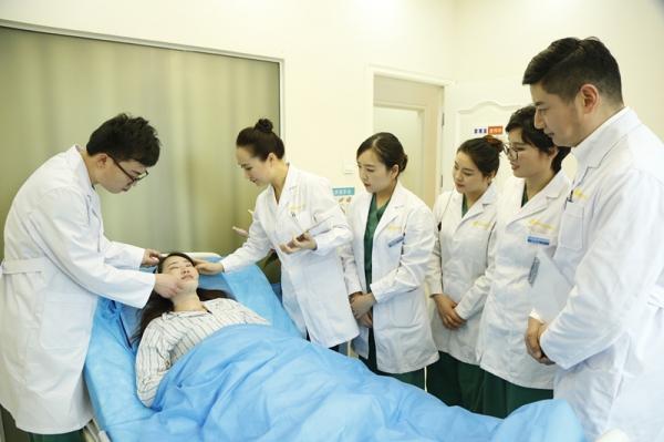北京华悦府医疗美容诊所环境图5